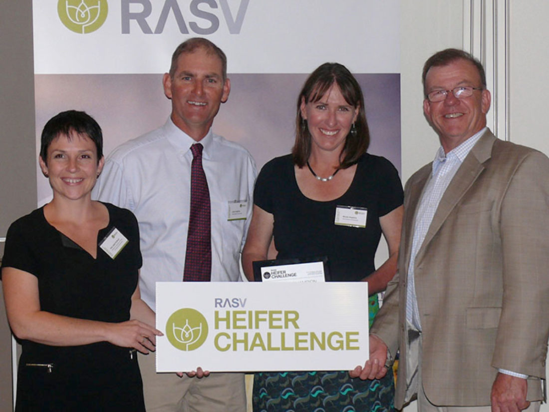 Victorian Agriculture Minister Jaala Pulford with the 2015 RASV Beef Week Heifer Challenge Reserve Championship winners John and Nicole Hopkins, Wormbete Simmentals, Illabo, NSW, and the RASV CEO Mark O'Sullivan. Photo Courtesy of the RASV Stock and Land Beef Week team.